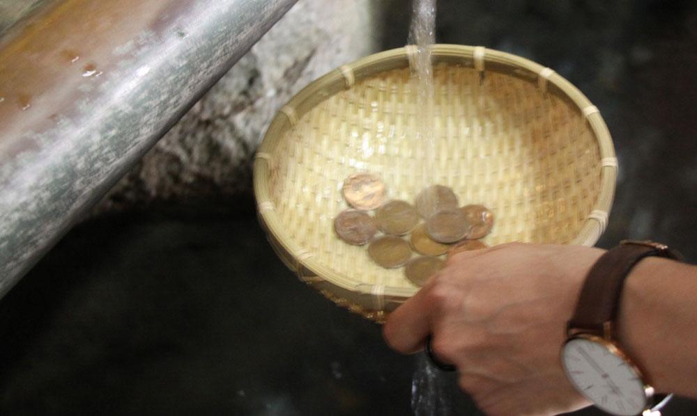 父の日のプレゼント企画の為、いざ銭洗弁財天へ